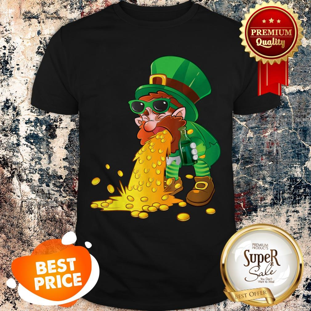 Nice St Patricks Day Puking Leprechaun Gold Coin Green Beer Shirt