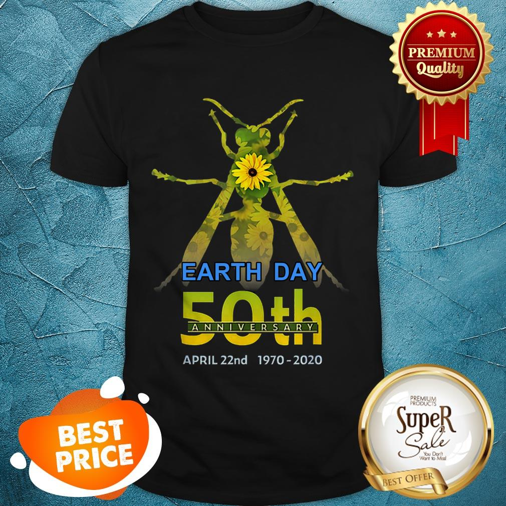 Hornet Daisy Silhouette Earth Day 50th Anniversary April 22nd Shirt