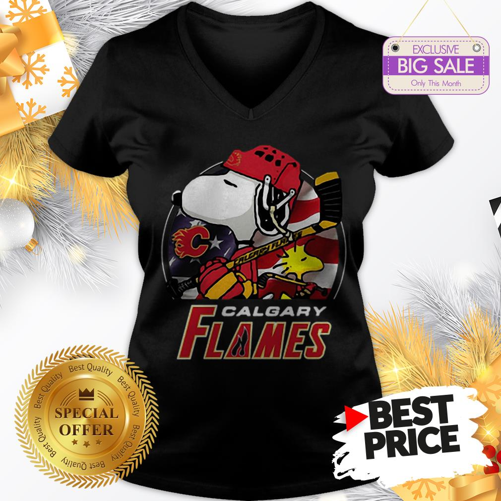 Official Calgary Flames Ice Hockey Snoopy And Woodstock Funny V-Neck