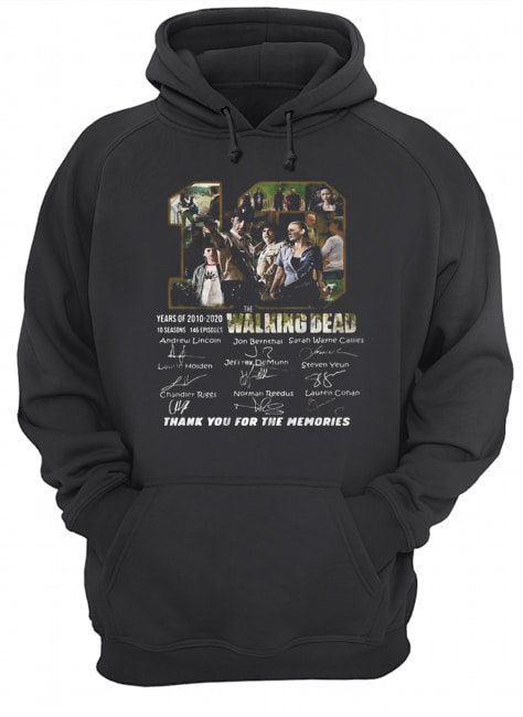10 years of 2010 2020 10 seasons 146 episodes the walking dead thank you for the memories signatures  Unisex Hoodie