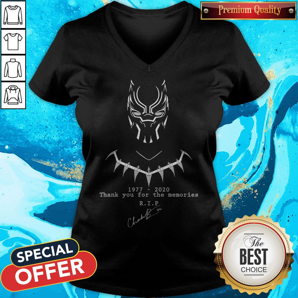 the king of wakanda black panther had dies 1977 2020 v neck